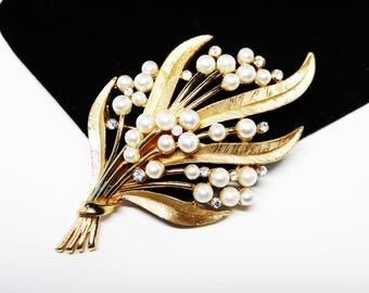 Trifari Flower Bouquet Brooch - Faux White Pearls & Clear Rhinestones - Brushed Gold Tone Elongated Leaves - Vintage Classic 1960s 1970s