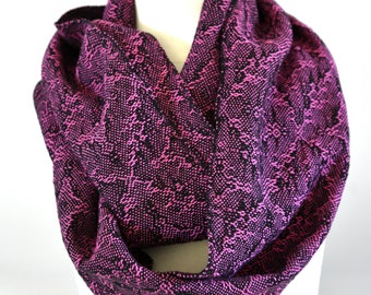 Handwoven Cotton Loop Scarf Pink - Snakeskin