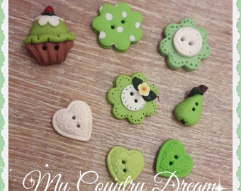 "Handmade Buttons ""Country in green"""