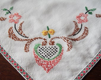 Embroidered Tablecloth Ethnic With Braid Floral Folk Art Table Runner 36 x 58