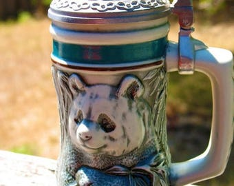 AVON Collectible ENDANGERED Giant PANDA Stein Made in 1991 Mint Condition