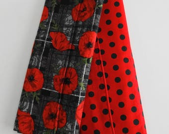 Red Pansies and Black Dots Makeup Rollups