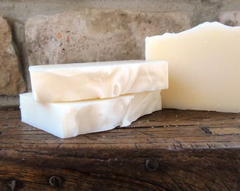 Green Clover Fields Handmade Soap, Old Fashioned Soap, Cold Process Soap, Palm Free Soap, Palm Free, Fresh and Clean Scented Soap