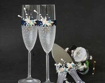 BEACH champagne flutes ,Cake Server Set,  Beach Wedding Glasses, Champagne Flutes, Starfish Glasses, Hand Painted Set of 2
