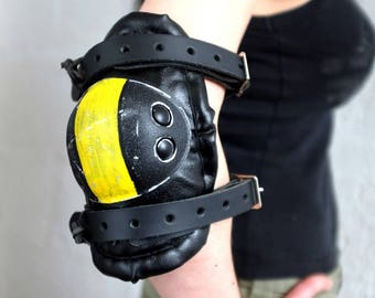 Armour Elbow Pad - Black/Yellow - apocalypse - desert style - mad max - armour - dystopian