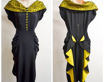 1940s Black & yellow rayon lace evening dress / 40s wide neck ruched hip cocktail dress - XS