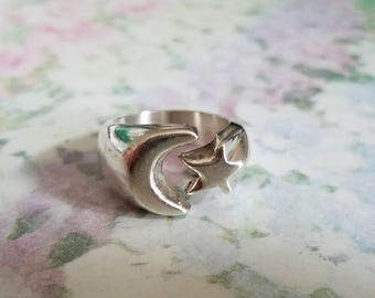 Vintage Sterling Silver Moon and Star Open Ring 925 Mexico Size 6.75