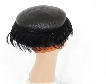 Black feather hat, vintage 1950s straw, Sunnyland
