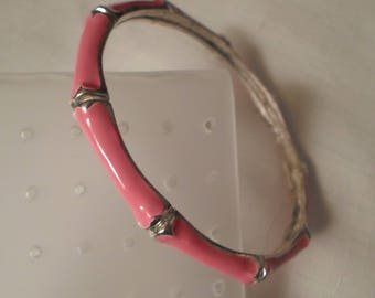 PINK BANGLE BRACELET / Wristlet / Enamel / Silver / Modernist / Bamboo / Hipster / Fashionista / Rockabilly / Chic / Jewelry / Mod Accessory