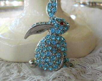Vintage rabbit brooch rhinestone bunny aquamarine blue crystal brooch
