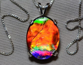 Incredible Ammolite Necklace, Ammolite Pendant, Sterling Silver, 20x15mm Oval Cabochon, Alberta Canada Gemstone, Jewelry