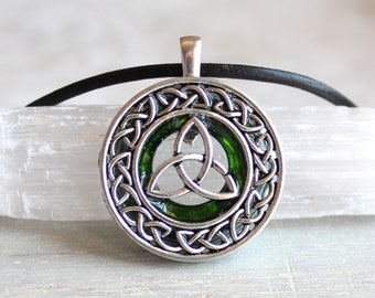 green celtic knot necklace, triquetra jewelry, unique boyfriend gift, pagan symbol, wiccan jewelry, Irish pendant, mens jewelry