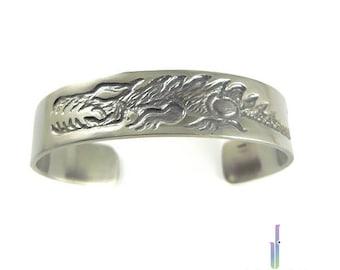 Titanium men's durable handmade bracelet - Brave animal