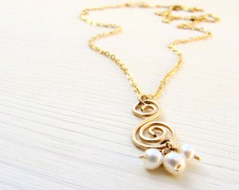 Dainty necklace, Gold necklace, Romantic necklace, Pearl necklace, Gold boho necklace, Gold filled necklace, Gold and pearl necklace