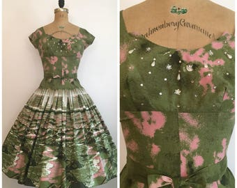 Vintage 1950s Scenic Novelty Print Dress 50s Beach Scene