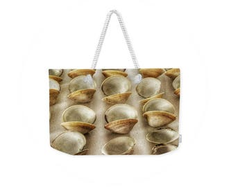 Weekender Tote Bag, Patrushka Maine Tote, Maine Clam Shells, Overnight Bag, Gym Bag! Canvas Tote, FREE SHIPPING USA