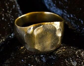 Gold Signet Ring size 11 - special for  emmettkenshin