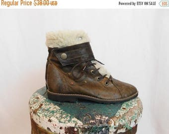 Birthday Sale Vintage Leather Ankle Boots With Faux Sherpa Lining Buskens Brand Size 7.5, Euro 38, UK 5.5