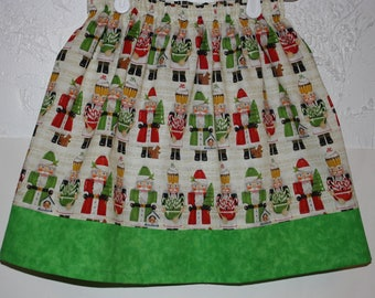 Christmas Skirt  Size 2 - 8      Have a Size 6 Ready to ship
