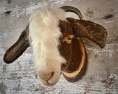 Needlefelted bills goat