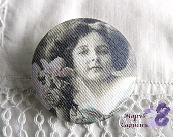 Fabric button, printed retro woman, 1.25 in / 32 mm