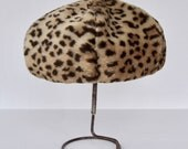 Vintage Hat with Faux Fur Leopard Print Pattern