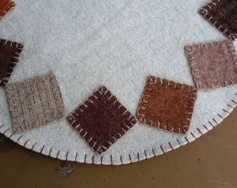 Wool penny rug,wool candle mat