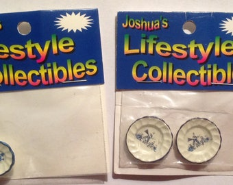 Miniature dollhouse Accessories dishes set of 2