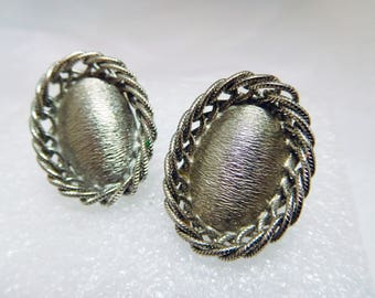 Silver Earrings Vintage Textured and braided Filigree Stylish