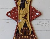 10 Inch Moderate Cloth Pad in Golden Hogwarts