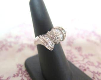14k White Gold and Diamond Bow Ring SZ 7.5