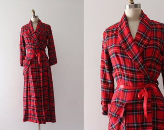 vintage 1940s robe // 40s red plaid housecoat