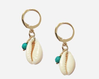 Cowrie gold plated earrings with turquoise