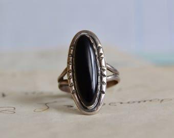 Vintage Southwestern Onyx Ring - Size 8.5