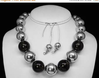 Smoky Quartz Necklace and Earring Set in Silver