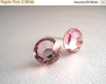 SALE Pink Stud Earrings, Pink Earrings, Soft Pink, Crystal Earrings Swarovski Crystal, Light Rose, Wedding, Bridesmaid Earrings, Bridesmaid
