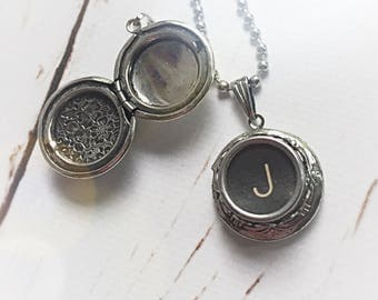 Vintage Typewriter Key Initial Locket, Personalized Upcycled Initial Necklace, Customized Gift Typewriter Jewelry, Recycled Rustic Jewelry