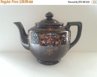Now On Sale 1940's Tea Pot, Vintage Kitchen Home Decor, Mid Century Modern, Relcro Rookingham, Hand Painted, Made In Japan, Ceramic Tea Pot