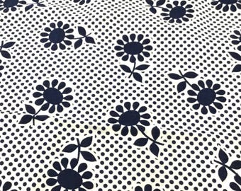 "Vintage Fabric - Daisies - Navy Blue & White - by the yard x 44""W - 1970's - Retro - material - textile - sewing supply"