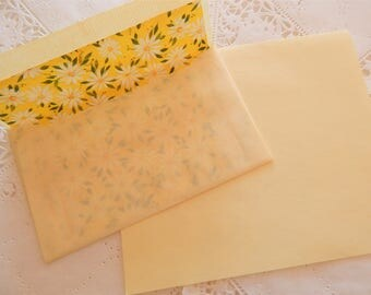 Vintage Stationery Yellow Floral Letter Writing Paper with Lined Envelopes ~ Snail Mail ~ Pen Pal