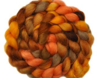 Hand painted wool roving - Teeswater combed top spinning fiber - 4.1 ounces - Kerosene Lamp