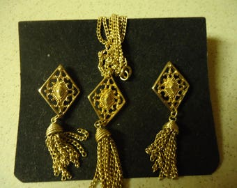 Sarah Coventry Gold Tassel 2 Necklace and Earring Set