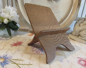 Antique French charming wooden book rest