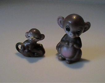Two vintage Josef Originals miniature mam and baby monkeys - Japan