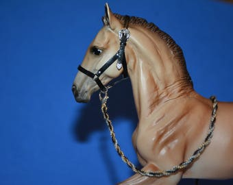 Breyer foal black leather halter and lead rope set