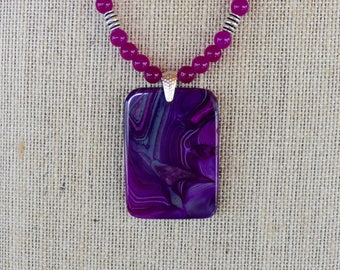 18 Inch Purple and Fushia Swirl Agate Slab Reversible Pendant Beaded Necklace with Earrings