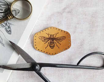Honey Bee Patch, vintage style leather patch outdoor gift bee patch insect stocking filler scout patch outdoorsy gift entomology patch bugs