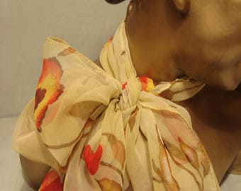 Vintage 1970s Beige and Gold Flower Friendly Scarf