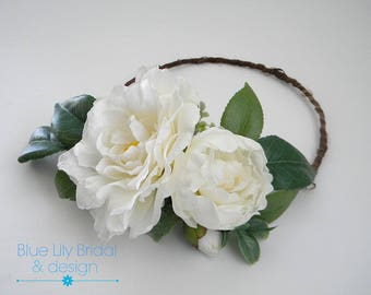 Flower Crown or Hair Clip with Real Touch Camellia in White/ Wedding Flower Crown/ Photo Prop/ Bridal Hair Piece