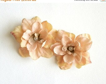 SUMMER SALE Beige Flower Hair Clips Taupe Natural Nude Flower Hair Clips Rustic Wedding Accessories Bridal Party Wedding Set Of Two for Adul